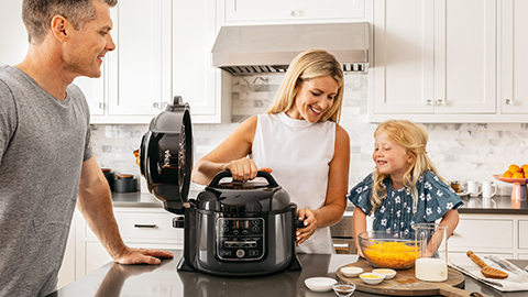 Ninja-Foodi-Family-Cooker-OP300UK